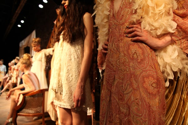 alice-olivia-ss2011-3