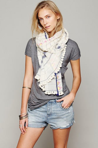 Aish-Triangle-Saatvik-Scarf_Free-People_178