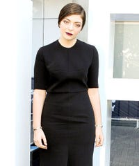 Lorde Goes Teen Goth (But Not In The Hot Topic Way)