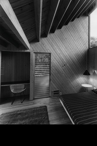 BONAGUIDI HOUSE. COURTESY OF FIRE ISLAND MODERNIST: HORACE GIFFORD AND THE ARCHITECTURE OF SEDUCTION.