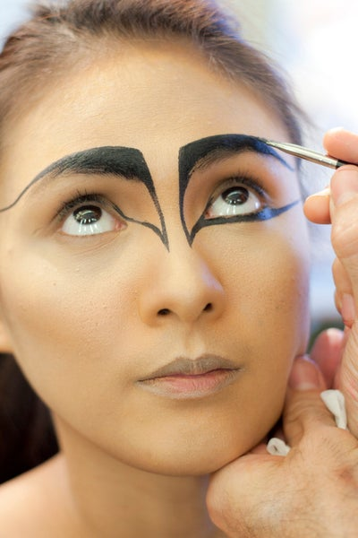 Black Swan Costume Makeup Ideas - Black Halloween Makeup Ideas