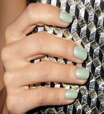 02_REFINERY_29_NAILS_DEC_SHOT_5_019_crop