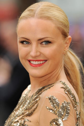 makeup-mistakes-malin-akerman