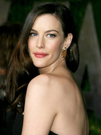 The Secret To Liv Tyler's Amazing Skin Is Just A Bath Away
