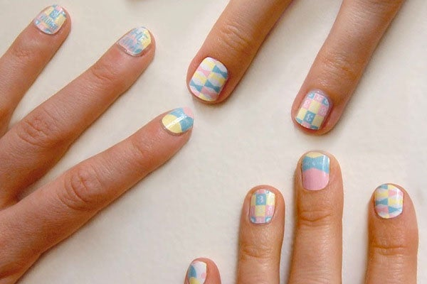 rad nails embed