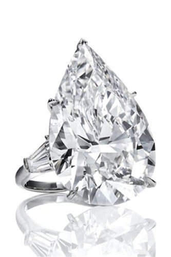 HarryWinston_PearShaped_PUR