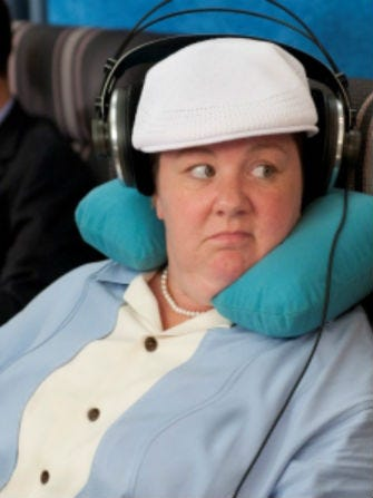 bridesmaids-melissa-mccarthy-airplane