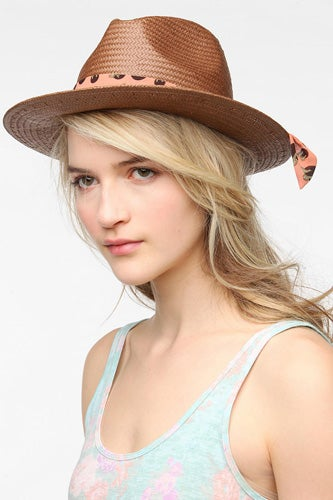 5-christys-urban-outfitters-49-[hat-to-shield-face]