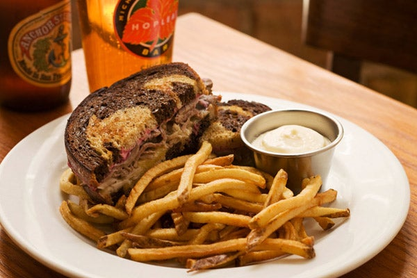 09_HopLeaf-duck_reuben