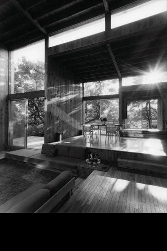 BONAGUIDI HOUSE, INTERIOR. COURTESY OF FIRE ISLAND MODERNIST: HORACE GIFFORD AND THE ARCHITECTURE OF SEDUCTION.
