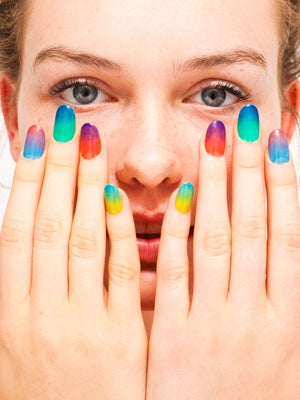 american-apparel-nail-poloish-300