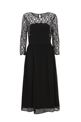 black-dress-lace-sleeves