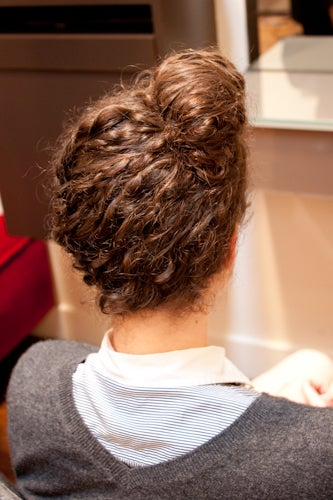 Splendid Assemblage: DIY: Hairstyles for Curly Hair