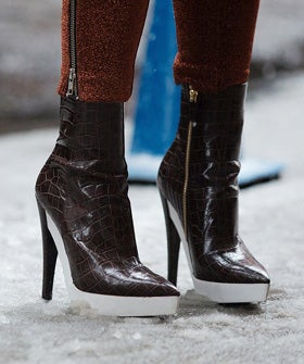 snowy-shoe-op