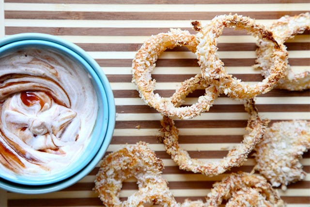 Finish Your Weekend Right With These Epic Onion Rings