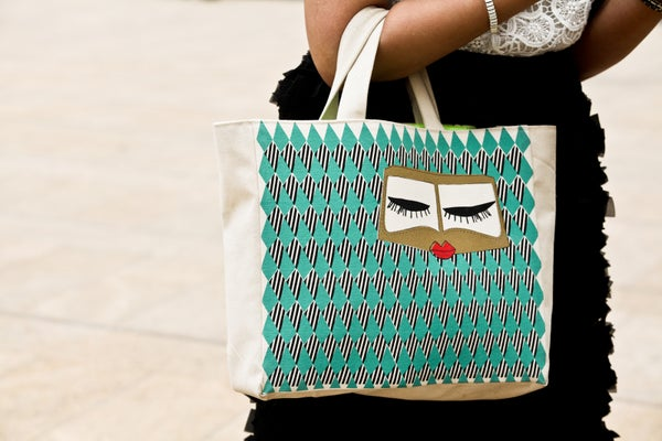 Alaa-Balkhy_She-is-a-designer-from-Saudi-Arabia_Bag-is-her-designer-label-called-Fyunka-Razon-Azzouni_refinery29-24_Crystal-Schreiner