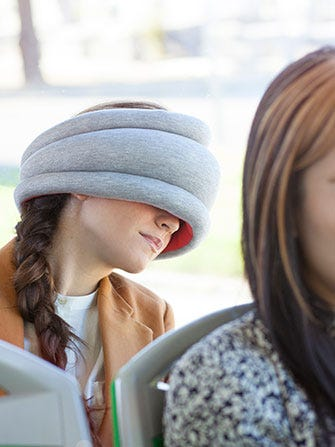 OSTRICH-PILLOW-LIGHT_STUDIO-BANANA-THINGS_005-(1)