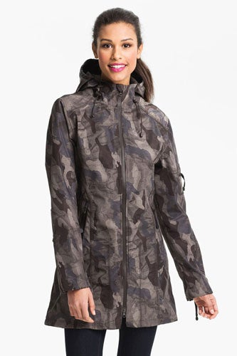 Ilse-Jacobsen-Hooded-Raincoat_Nordstrom_379