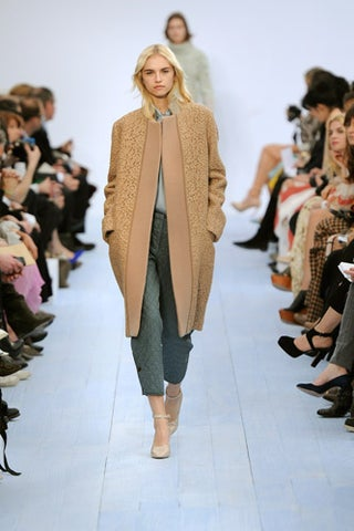 Blazer-Coat_Chloe-2_-IMAGE-FROM-PR