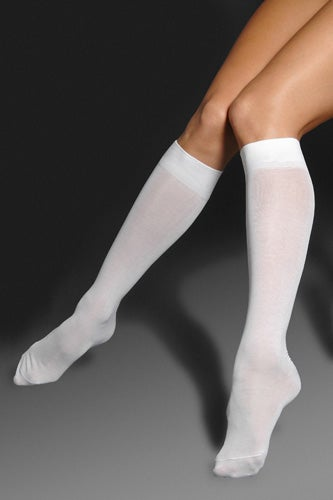 falke-cottontouchkneehighsocks-herroom-29