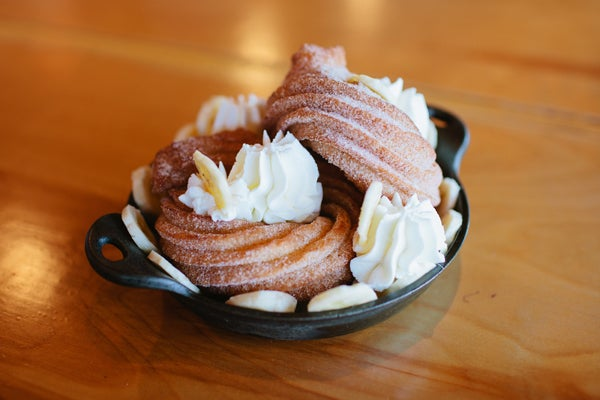 donuts_LA-dessert-trends---Crullers-@-Plan-Check-4