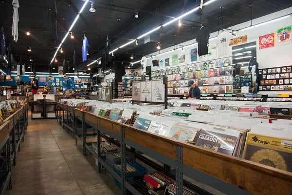 best vinyl shop chicago