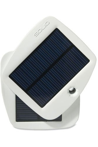 Solio-Bolt-Solar-Charger-REI-65