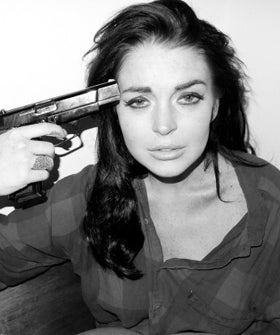 lindsay-lohan-gun-photo-280