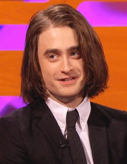 Daniel Radcliffe Rocks A Man Bob (With A Little Help From Some Extensions)