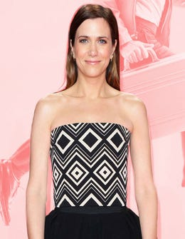 Kristen Wiig Wears A Ladylike Dress The Anti-Princess Way