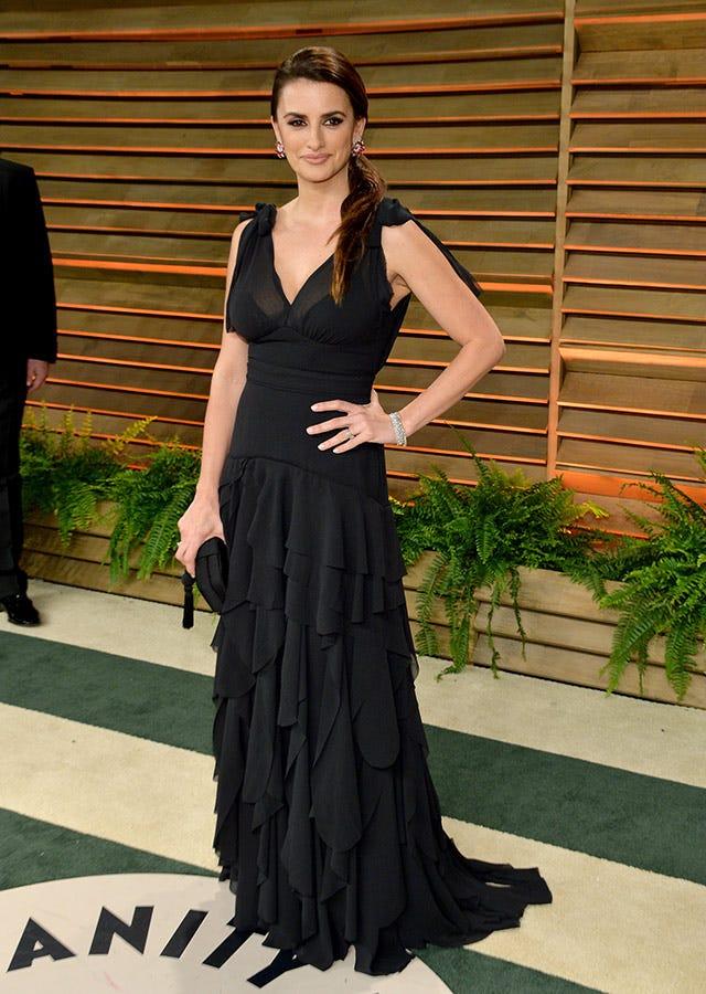 f83d1ff089 Penelope Cruz Oscars Dress 2014 - H M Conscious Line