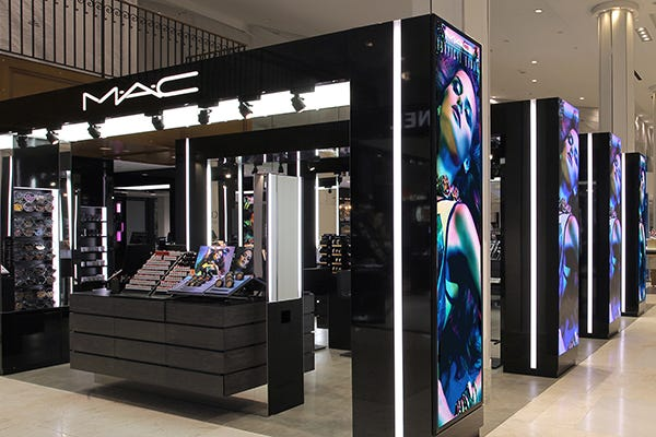 New York Mac Cosmetics Macy S Herald Square Makeover